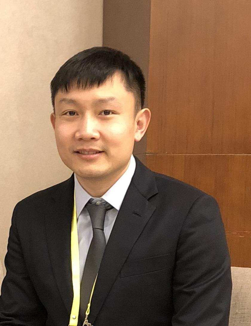 Houkun Liang